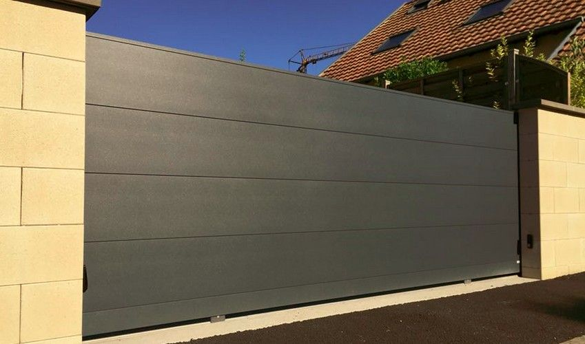 Portail alu coulissant 6m art portails - Portail 6m de long ...
