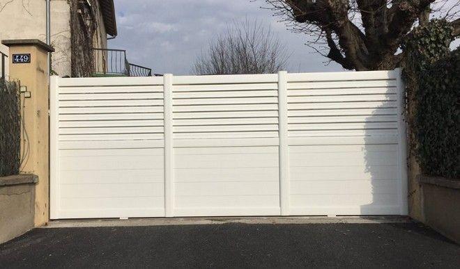 2a301402f9526 Le portail alu coulissant 5m est utilisé principalement lorsque la maison  possède plusieurs portes de garage. En effet