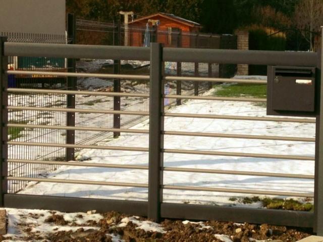 clôture alu horizontale moderne design