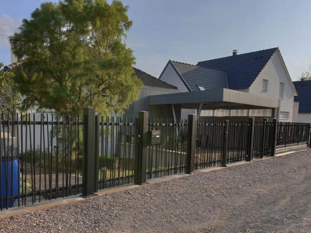 clôture verticale art et portails. Une fabrication réalisée en aluminium